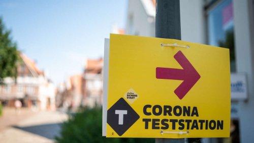 Corona-Fallzahlen: Inzidenz klettert auf 15,0 - mehr als 2.700 Neuinfektionen