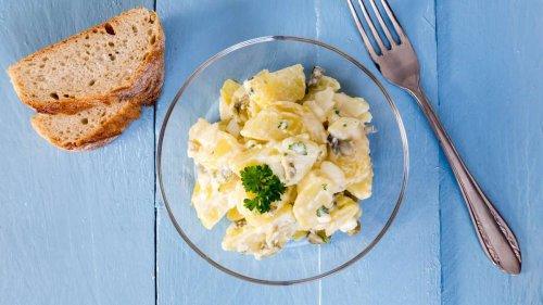 Kartoffelsalat mit selbstgemachter Mayo: ein Klassiker, der immer schmeckt