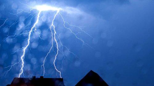 Wetter in Hessen: Sommer fällt ins Wasser - DWD warnt vor Unwettern