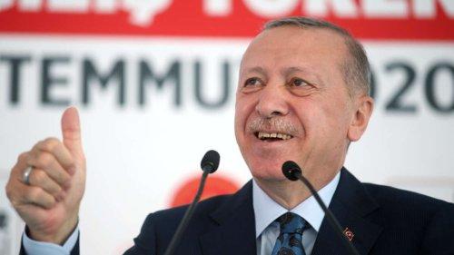 Erdogan feiert: Gasfackel im Schwarzen Meer angezündet