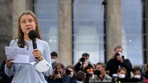 Klimastreik: Vorfall um Greta Thunberg in Berlin - Männer-Gruppe bedrängt Aktivistin