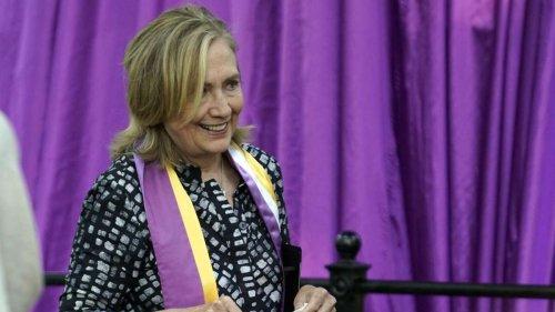 """Thriller von Hillary Clinton und Louise Penny: """"State of Terror"""" – Von Terror und Freundschaft"""