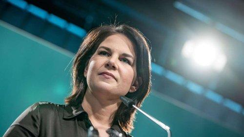 Vor der Bundestagswahl: Grünen-Chefin Annalena Baerbock stürzt in Umfrage ab – FDP zieht mit SPD gleich