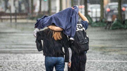 Wetter in Deutschland: Wie wird der August? Experten mit düsterer Unwetter-Prognose