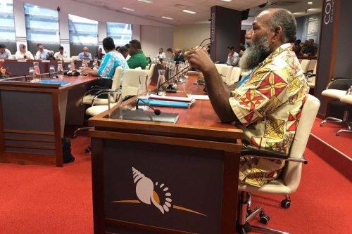 Congrès : le groupe UNI passe de douze à onze membres - Nouvelle-Calédonie la 1ère