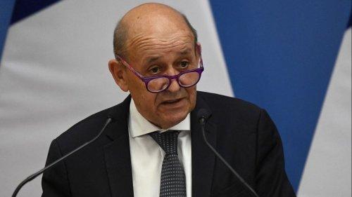 Crise des sous-marins : la réaction de Jean-Yves Le Drian fait réagir en France et en Australie