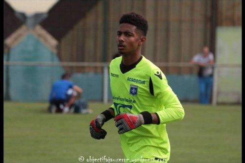 Ilam Djailane, une année supplémentaire à l'AJ Auxerre - Mayotte la 1ère
