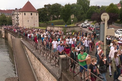 Covid19 Dijon, Besançon, Belfort, Mâcon : nouveaux défilés des anti-vaccinations mais la mobilisation s'essouffle