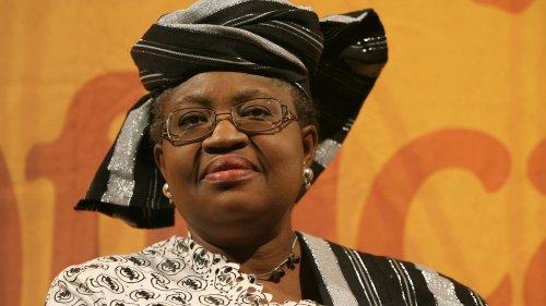 """""""Ngozimania"""" sur la Toile : le style de la nouvelle directrice de l'OMC fait le buzz"""
