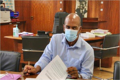 Crise sanitaire : le Président du Conseil Exécutif de la CTM demande au ministère une médiation et des mesures d'urgence - Martinique la 1ère