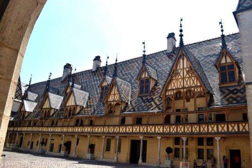 L'Hôtel-Dieu des Hospices de Beaune n'est pas le monument préféré des Français 2021