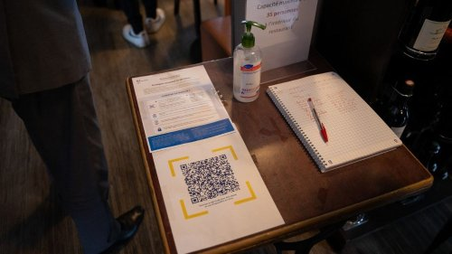 Fonctionnement, sécurité, efficacité... Tout ce qu'il faut savoir avant de scanner un QR code avec TousAntiCovid dans un restaurant