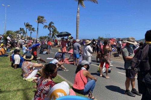 Importante manifestation pour la liberté vaccinale à Nouméa - Nouvelle-Calédonie la 1ère