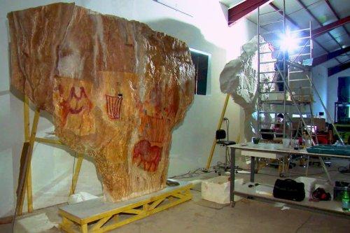 Dordogne : six mois pour exécuter la réplique exacte d'une grotte préhistorique russe