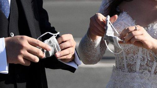 Cinq questions pour comprendre ce que change le pass sanitaire dans l'organisation des mariages