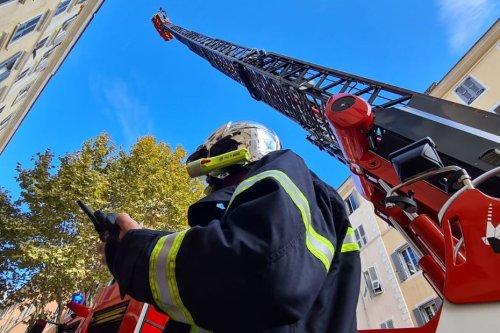 Bastia : les combles d'un immeuble prennent feu boulevard Giraud