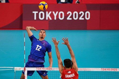 JO 2021 : Daryl Bultor et Stephen Boyer en quart de finale, une première pour l'équipe de France de volley - Outre-mer la 1ère