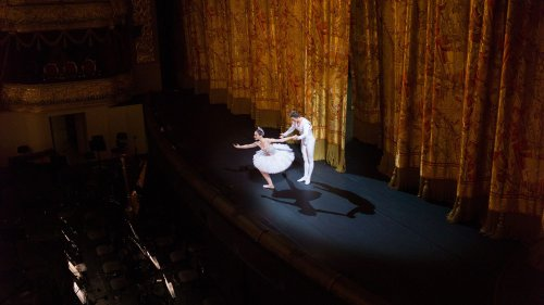 Russie : un danseur du théâtre Bolchoï meurt sur scène dans un accident
