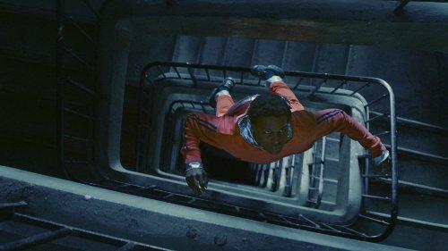 """Quand un jeune de de banlieue transforme son HLM en vaisseau spatial : """"Gagarine"""", un brillant et enthousiasmant premier film"""