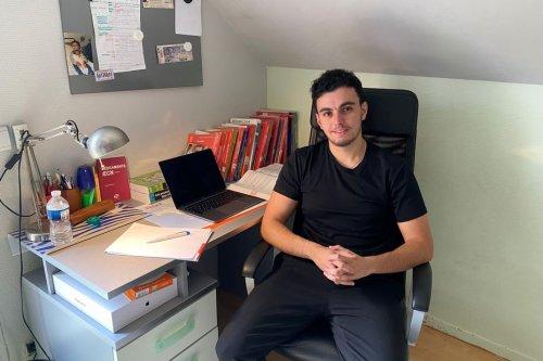 """Besançon : """"J'étais figé devant le résultat"""", Nadir Méchai, 4e sur 9000 au classement général des étudiants en médecine"""