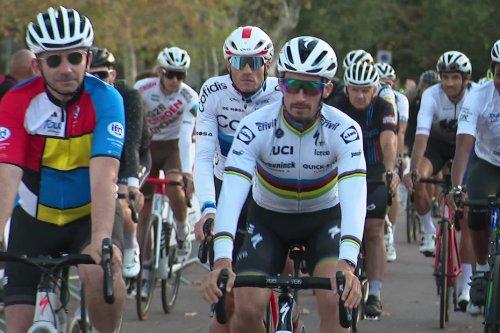 Isula Race : des amateurs de cyclisme ont défié Julian Alaphilippe, double champion du monde