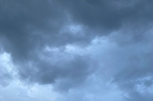 De fortes averses sur la Martinique placée en vigilance jaune pour fortes pluies et orages - Martinique la 1ère