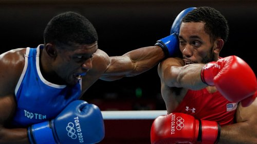 """JO 2021 - Boxe : pour Brahim Asloum, """"un juge n'a pas été compétent"""" lors du combat perdu par Samuel Kistohurry contre Duke Ragan"""