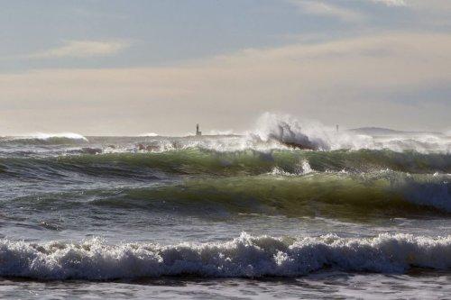 Houle en Méditerranée : 7 morts par noyade en mer en Occitanie, la baignade toujours dangereuse et interdite