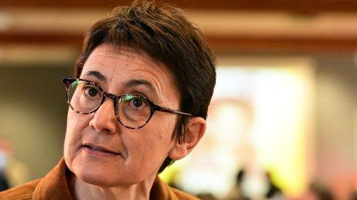 """Indemnité inflation : """"Ce qu'il faut, c'est 300, 400, 500 euros de plus chaque mois sur les fiches de paie"""", souligne Nathalie Arthaud de Lutte ouvrière"""