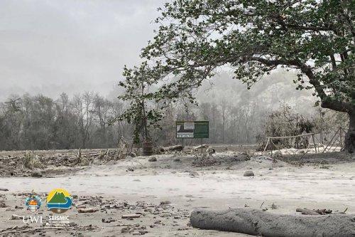 Éruption à Saint-Vincent : un mois après, la solidarité guadeloupéenne se poursuit - Guadeloupe la 1ère