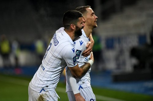 Ligue 2 : Auxerre s'impose sous la neige face à Châteauroux