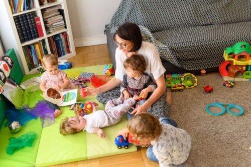 A Lyon, les assistantes maternelles ont le blues