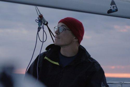 Mini-Transat : première transatlantique en solitaire pour le skipper francilien Jean Marre