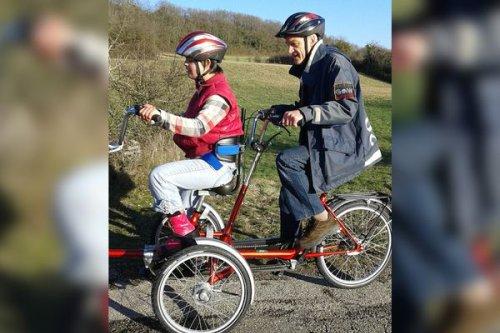 """""""C'était inespéré"""" : grâce à un élan de solidarité, une jeune iséroise va pouvoir s'offrir un nouveau fauteuil roulant"""