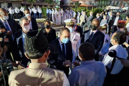 Sébastien Lecornu en Guyane, les élus attendent des réponses sur l'obligation vaccinale et la relance de l'économie - Guyane la 1ère