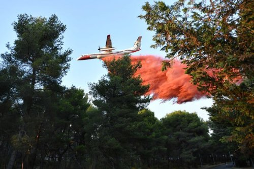 Incendie de champs de chaume à Sorgues, dans le Vaucluse