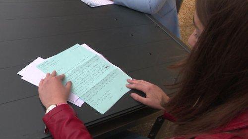 Haute-Loire : des résidents en Ehpad échangent des lettres avec des étudiants pour rompre l'isolement