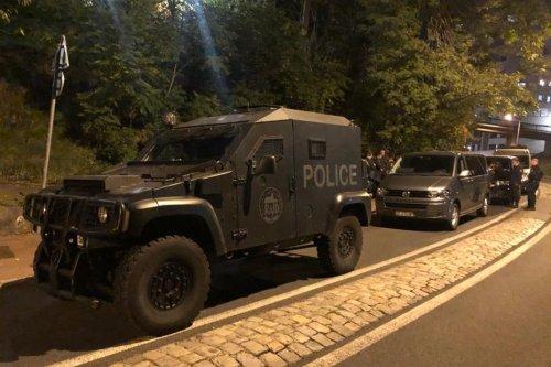 Fusillade à Lyon dans le quartier de la Duchère, des policiers visés, un individu est activement recherché