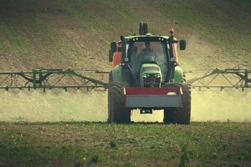 Dans l'Orne, des récoltes bio détruites par du prosulfocarbe, un herbicide pulvérisé par un exploitant voisin