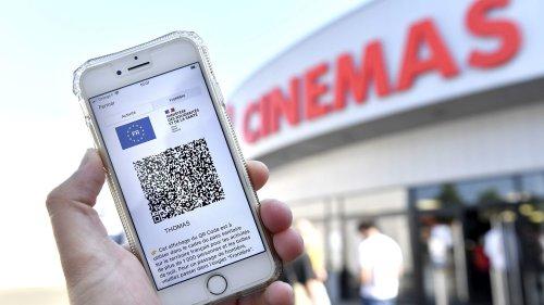 """Pass sanitaire : 70% de chute de fréquentation dans les cinémas, """"une catastrophe"""", commente le directeur de la SACD"""