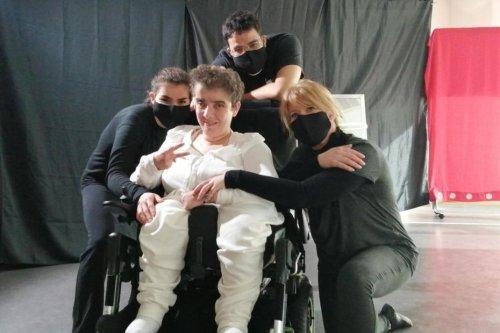 Moselle : une femme atteinte de handicap remporte un concours régional avec une touchante chorégraphie