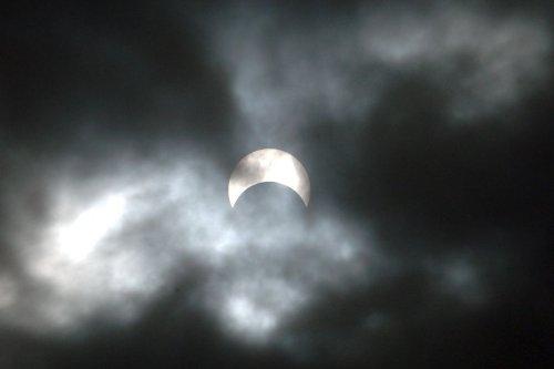 Comment observer l'éclipse solaire du jeudi 10 juin ?