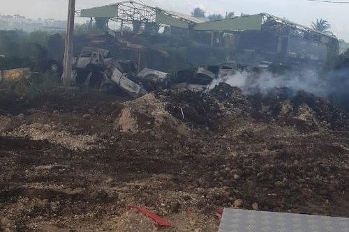 Incendie : un lieu de collecte de déchets verts ravagé par les flammes à Capesterre-Belle-Eau - Guadeloupe la 1ère