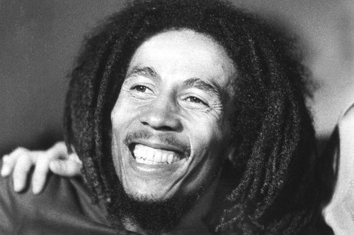 40 ans de la mort de Bob Marley : un match de football à Paris à l'origine de son cancer