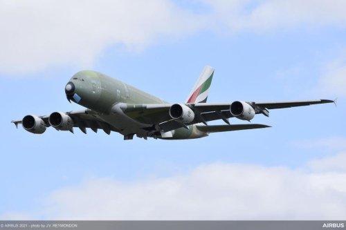 Revue du web. Le dernier envol de l'A380 d'Airbus depuis Toulouse