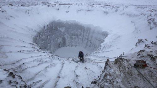 Bulles souterraines, virus zombie et trous géants : en Sibérie, une certaine idée de la fin du monde