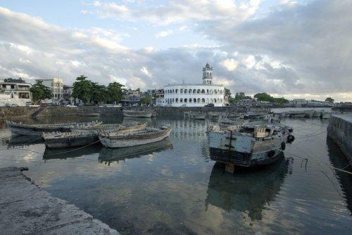 Grande Comore : L'île vit une situation de quasi black-out électrique. - Mayotte la 1ère