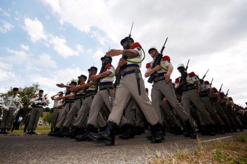 Des légionnaires soupçonnés de diriger un réseau de prostitution arrêtés à Nîmes