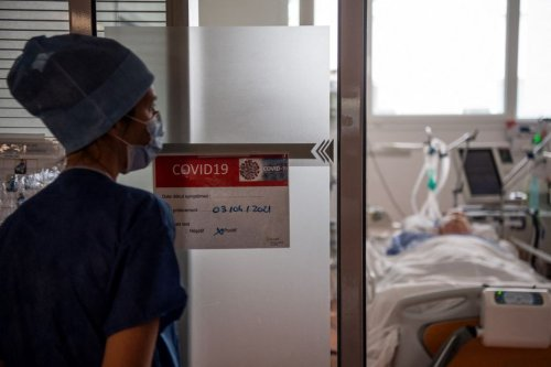 """Covid-19. """"J'aurais pu y passer"""" : hospitalisé à Lille en mars 2021, Thierry se mobilise en faveur de la vaccination"""
