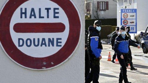 """Visas France/Maghreb : """"Cela m'inspire beaucoup de révolte"""", s'insurge le président de la Cimade"""